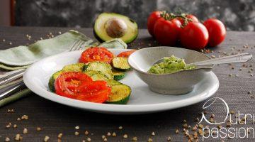 Zucchini mit Avocado Dip